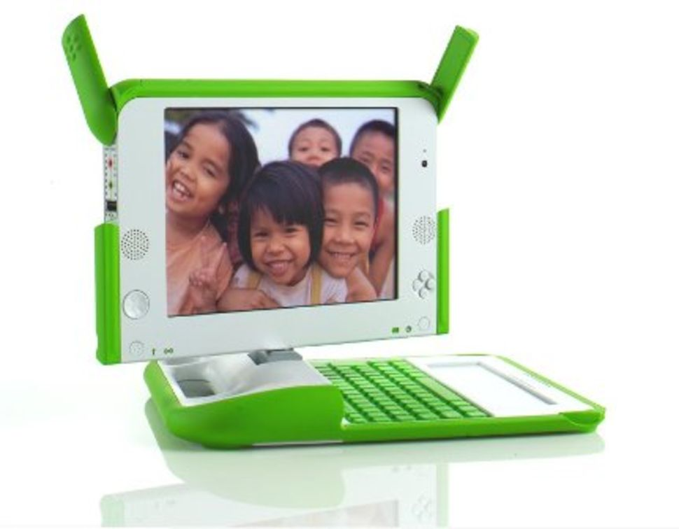 one-laptop-per-child-notebook-970-80